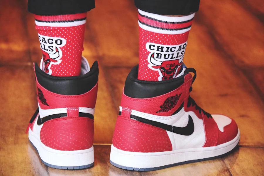 """Air Jordan Retro 1 High OG """"Chicago Crystal"""""""