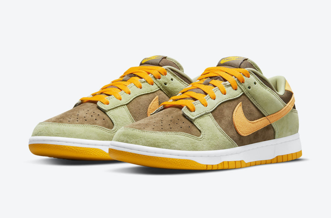 """Nike Dunk Low """"Dusty Olive""""<"""