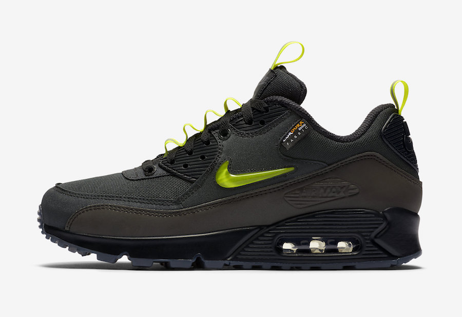 "The Basement x Nike Air Max 90 ""Manchester"""