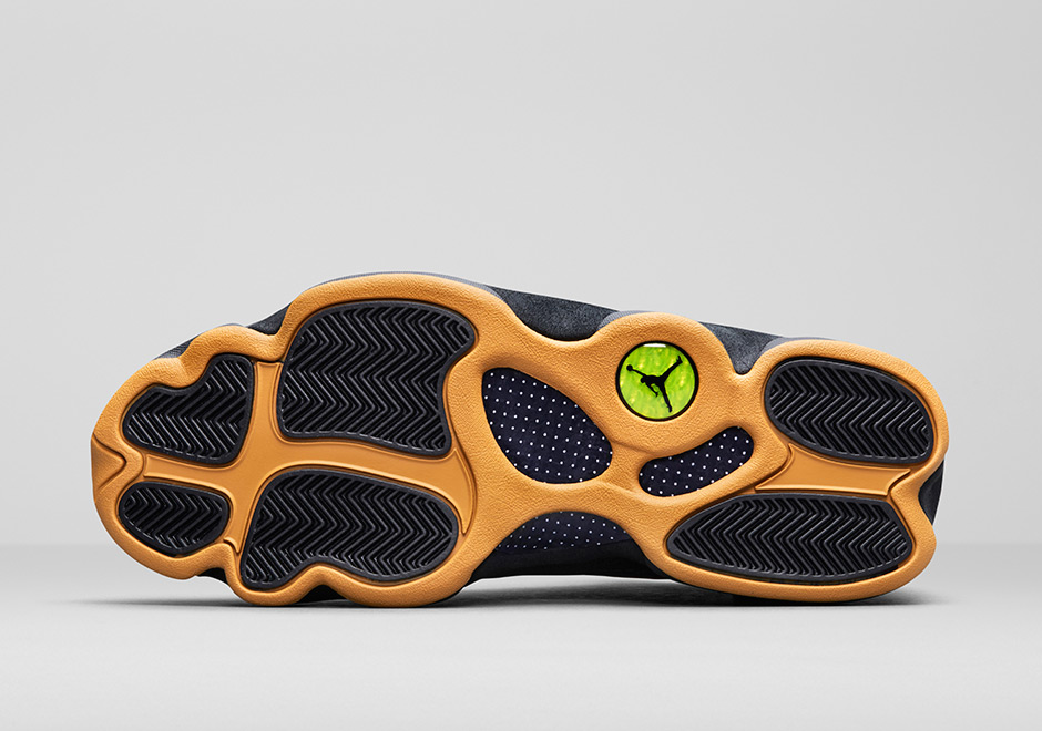 "Air Jordan 13 Low ""Chutney"""