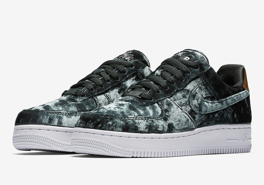 Nike Air Force 1 Low Velvet Pack