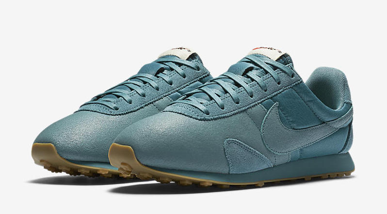 Nike WMNS Pre Montreal Racer Premium Release Date